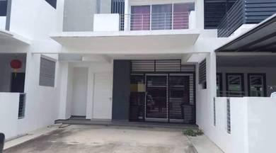 (BELOW MARKET) Ayer Keroh Country Villa Resort 2-sty Terrace House