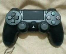 PS4 original controller by SONY (S)