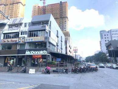 Subang jaya ss15 4 story shop facing main road