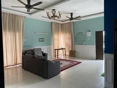 New Semi-D House for Rent At Sepang