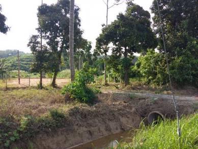 Tanah tapak rumah di kg sadang parit
