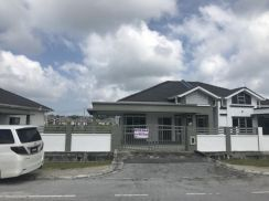 Family Park Semariang, Single Storey Semi D