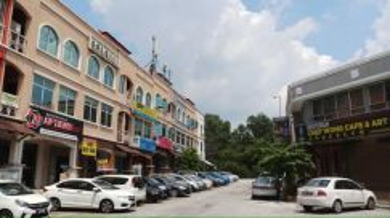 Puteri 5 Puchong 3 Storey Shop 22x75