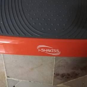 I-Shakiss Fitness Machine