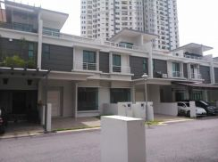 3 Storey Terrace at White Lily Minden Heights Gelugor