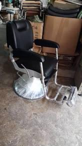 Classic Black Barberchair NEW