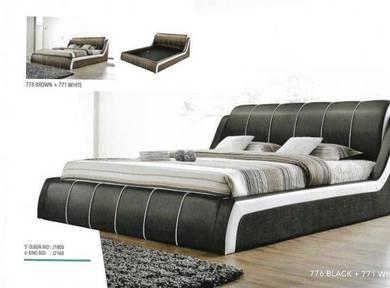 5' queen bed -a8935