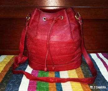 Drawstring Bag Leather Nicole Christian Italy