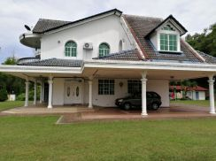 [Nice Very Huge Land] 2 Storey Bungalow 32636sqft
