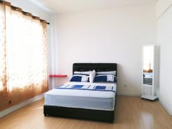 Woodsbury Studio furnished Harbour Place Butterworth