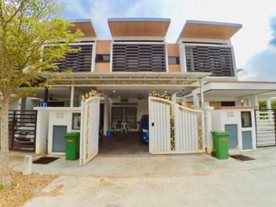 3 storey terrace taman TTDI grove kajang