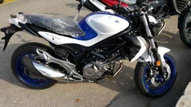 Suzuki sfv650 gladius er6 z650 free agv exhaust