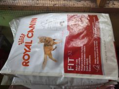 Royal Canin Fit32