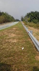 Tanah pertanian tepi jalan besar kemendor chabau Jasin