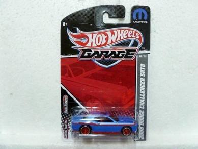 Hotwheels Garage 08 Dodge Challenger SRT8