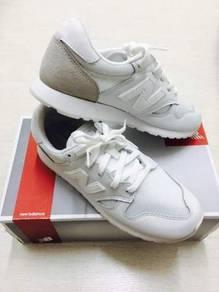 Newbalance shoes 1