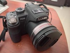 Scratchless Lumix FZ35 for sale