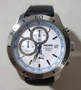 Seiko Chronograph Black Leather Strap Watch