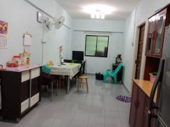 Taman jade view 2-rooms flat opp usm fully renovated with kitchen cabi