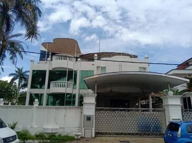 [Freehold] SS 5, 3 Storey Banglow, Corner Lot, Kelana Jaya, Selangor