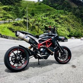2013 Ducati Hypermotard 821