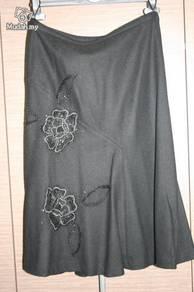 Hirsch black skirt for winter