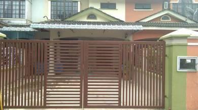 2 story terrace house Bandar Seri Alam