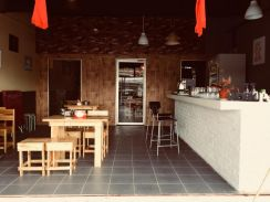 Vietnam cafe cheras area (urgent)like new
