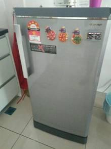 Fridge / Refrigerator /Peti Ais Sharp with freezer