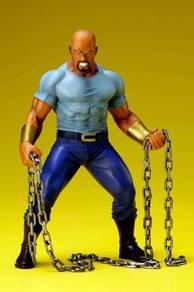 ARTFX+ The Defenders Luke Cage