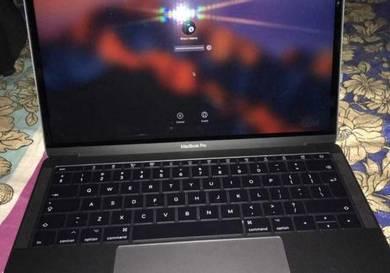Macbook Pro - 13 Inch