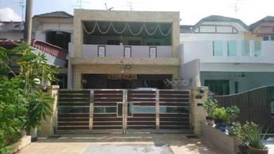 House for sale at taman universiti,skudai johor bahru