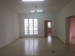 [with Kitchen Cabinet] Pelangi Heights Regensi 3rooms FOR RENT COOL!