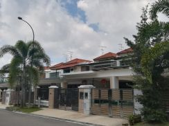 Large space Sutera utama house for sale