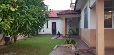 Taman tunku sarina, Fully renovated , Corner lot