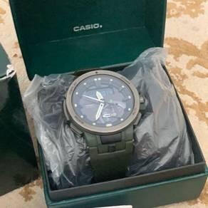 Casio Protek PRW 7000