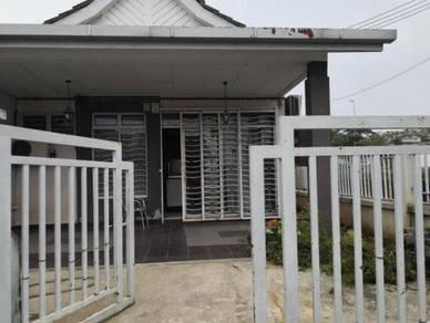 SINGLE STOREY END LOT TERRACE , BANDAR PUTERA 2, JALAN KEBUN, Klang