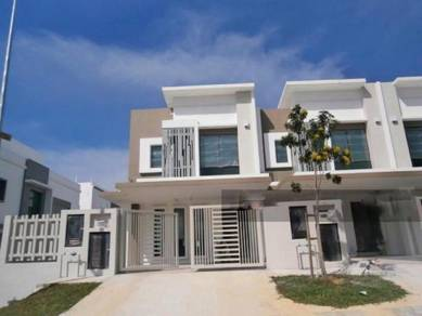 Double storey, End lot, below market value, Setia Alam