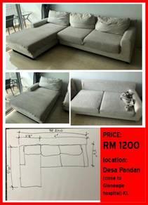 Big sofa in very good condition. URGENT sale