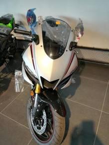 Yamaha R25 ( 2020 )- (LOW D/P) READY STOCK