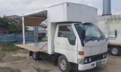 Toyota Dyna Pasar Malam Food Truck 2001 One Owner