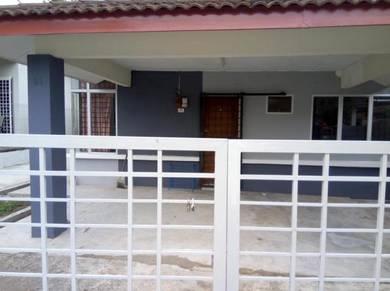 Rumah untuk disewa untuk pelajar (perempuan sahaja)