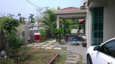 Semi-d Corner unit - Fully Renovated - Seri Selayang Butterworth