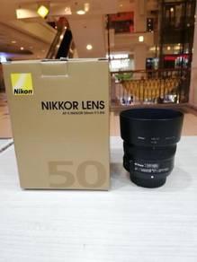 Nikon af-s 50mm f1.8g lens - 98% new