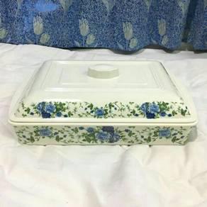 Melamine food container
