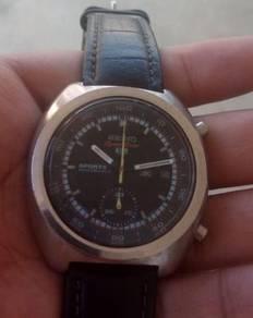 Seiko mechanical chronograph