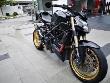 2012 Ducati Streetfighter 848 Import Baru - Loan boleh