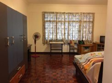 Duplex penthouse at Condo Gembira, Greenlane, Penang. 1,685sf