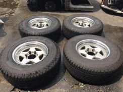 Rim RAGUNA ZZYZX 4x4 139.7x6 With Tyre And Cap