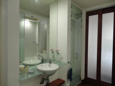 10 Semantan Service Apartment